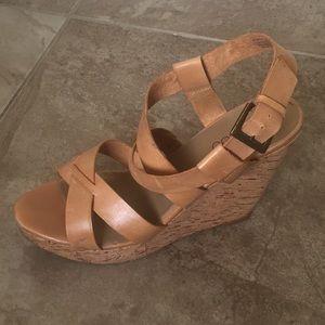 Size 10 tan leather platform shoes